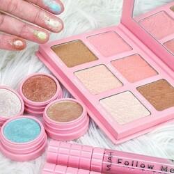 Heart attack!!!💖 Innamorate della collezione make-up di Muah✨ Gli ombretti in crema super pigmentati, la palette contouring Lolita e i nuovi lipgloss Follow Me sono i nostri BFF quest'estate! ___________________________  ✨𝐒𝐇𝐎𝐏 𝐎𝐍𝐋𝐈𝐍𝐄 ✨ Tap sul post o link in bio  #CupioMakeup #MuahMakeup #Cupiocolors #Cupiosummer #summereyeshadow #truccoitalia #Cupio #ombretto #ombretti #truccodelgiorno #truccolabbra #makeupitalia #makeupitaly #eyelookoftheday #eyegasm #eyesonme #eyesonfleek #makeupartistitalia #eyeshadowjunkie #eyeshadowpalettes #eyeshadowoftheday #truccoocchi #Muah #summerlook #glowy #glittereyeshadow